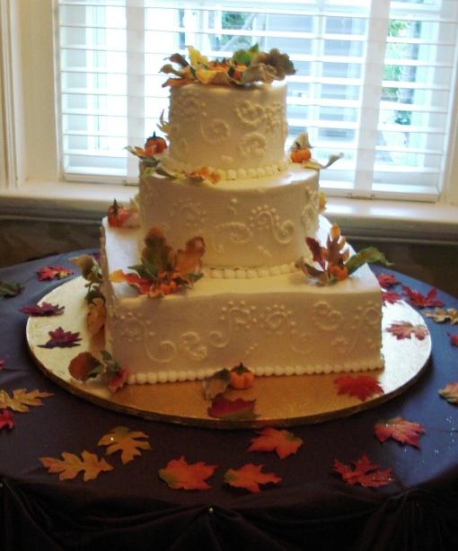Edibles Incredible Cake