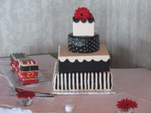 Love the black and white design but check out the firetruck groom's cake! Can you guess what the groom's profession is?