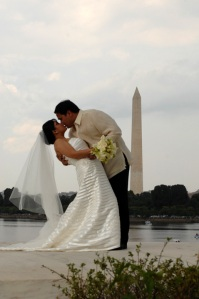 Jefferson Memorial birde and groom