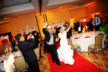 Hollywood glam Holiday Inn Alexandria red carpet bride and groom entrance